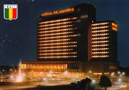 1 AK Mali * Hauptstadt Bamako - Das Hotel Amitié Bei Nacht - IRIS Karte * - Malí
