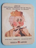 STELLA ARTOIS - BINCHE International Museum Van Het Masker / Masque SUISSE ( Sous Bock / Coaster / Onderlegger ) ! - Sous-bocks