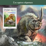 GUINEA 2018 - Rhinoceros, Extinct Sp. S/S. Official Issue - Rhinozerosse