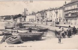 CPA N°21 Dept 13 CASSIS Quai Calendal - Cassis