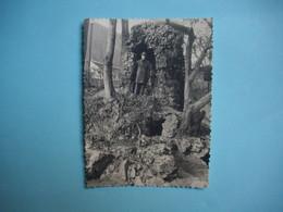 PHOTOGRAPHIE NEVERS - 58 -  Jardin Des Remparts  -  1962  -  8,5  X  11,5  Cms   -  NIEVRE - Nevers