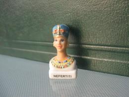 Fève Nefertiti Série Perso Banette - Fèves - Rare ¤ T Perso 5 - History