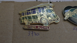 EDITION ALCINE TRANSPORT BUS - Badges