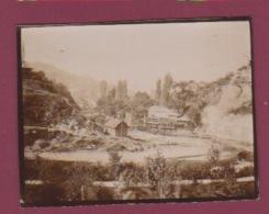 260518A - PHOTO 1905 - BOSNIE HERZEGOVINE SARAJEVO Les Bords De La Miljacka Sous Le Castel - Bosnie-Herzegovine