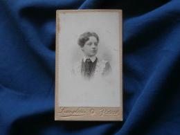 Photo CDV  Langlois Bd De Strasbourg Paris  Portrait Jeune Fille  Robe Dentelle (Blanche Coplo) - CA 1895 - L381 - Photographs