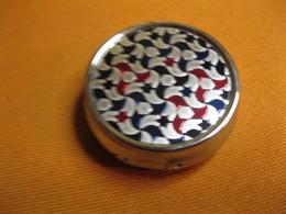 Kleine Tabletten DOSE - Schmuck & Uhren