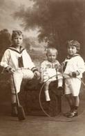 Photo Postcard / Foto / Photograph / Boys / Garçons / Photo Arnold / Antwerpen / Unused - Photographie