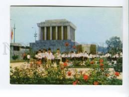 271697 VIETNAM Ho Chi Minh Mausoleum 1976 Year Photo Postcard - Vietnam