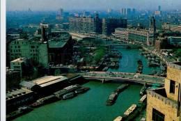 272299 CHINA Shanghai Embankment Of Yangtze River Poster - China