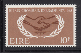 Ireland 1965 MNH Scott #203 10p International Cooperation Year - 1949-... République D'Irlande