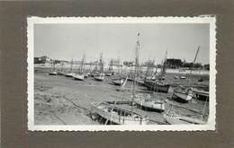 ÎLE D'OLERON - La Cotinière En 1946 (photo Format 10,3cm X 6,8cm) - Orte