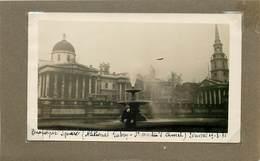 ANGLETERRE - Londres,Trafalgar Square National Galery Années 30 (photo Format 9,8cm X 6,8cm) - Aviazione