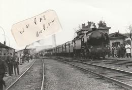95 - ARGENTEUIL - Train En Gare  ( Photo  9,8 Cm X 14,2 Cm ) - Places