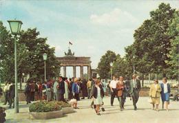 Berlin > Brandenburger Door, Mint 1972 - Brandenburger Tor