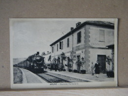 MONDOSORPRESA, BRUNO (ASTI), STAZIONE FERROVIARIA - ANIMATA - TRENO  - 1932 VIAGGIATA - Asti