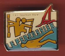 52884-Pin's.le Perussier.Poste Et Telecom.kayak.voile.plongée.. - Diving