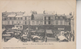 EPERNAY   PLACE DE L HOTEL DE VILLE ET MARCHE - Epernay