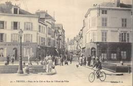 CPA 10 TROYES PONT DE LA CITE ET RUE DE L HOTEL DE VILLE - Troyes