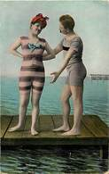 - Thèmes -ref-A615- Fantaisies - Couple  - Baigneurs - Costumes De Bain - - Femmes