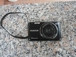 FujiFilm 16 Mega Pixels - Cameras