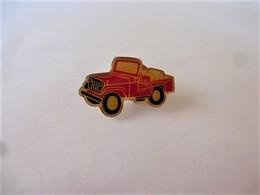 PINS AUTOMOBILE JEEP ROUGE / 33NAT - Badges