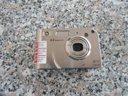 HP R717 - 6.2 Mega Pixels - Macchine Fotografiche