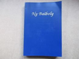 """Ny Baiboly """"Ny Soratra Masina Dia Ny Testamenta Taloha Sy Ny Testamenta Vaovao"""" / éditions De 2006 - Culture"""