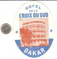 ETIQUETA DE HOTEL     HOTEL DE LA CROIX DU SUD  -DAKAR  -SENEGAL -AFRICA - Hotel Labels