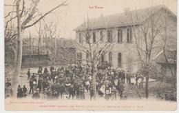 Tarn GRAULHET Pendant Les Grèves Groupe De Gréviste Devant La Gare (Labouche Frères) - Graulhet