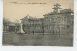 SARCELLES - Place Des Ecoles Et Monument Aux Morts - Sarcelles