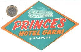 ETIQUETA DE HOTEL   -PRINCE'S HOTEL GARNI  -SINGAPORE  -ASIA - Hotel Labels