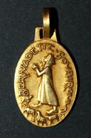 """Très Beau Pendentif Médaille Religieuse Doré Or Fin """"Sainte Bernadette Soubirous"""" Graveur: Fernand PY - Religious Medal - Religión & Esoterismo"""