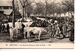 MOULINS - Le Cours De Bercy Un Jour De Foire - Moulins