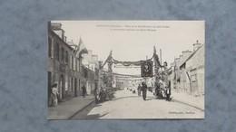 CPA-50-BARFLEUR-Fêtes De La Béatification De Julie POSTEL-La Procession Dans La Rue St Thomas-Animée - Barfleur
