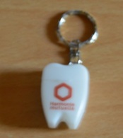 Porte-clefs En Forme De DENT - Harmonie Mutuelle (fils Dentaire) Neuf - Schlüsselanhänger