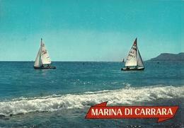 Marina Di Carrara (Toscana) Barche A Vela Viste Dalla Spiaggia - Carrara