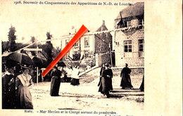 ROLY - Mgr Heylen Et Le Clergé Sortant Du Presbytère - 1908 - Souvenir Du Cinquantennaire Des Apparitionsde N.D Lourdes - Philippeville