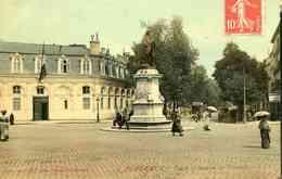 19.   BORDEAUX - Place Et Statue De Tourny (date 1912) - Bordeaux