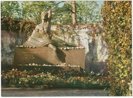 Riga - Monument To National Poet 'Rainis' On His Grave - (Latvijas PSR / Latvia / Letland) - Letland