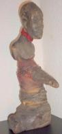 Charme VILI - Ex Congo Français, Pointe Noire, Gris-gris Contre Stérilité & Impuissance: Bois, Tissu Et Corde, 20e S. - African Art