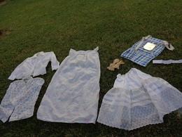 Rangement Pour Camping + Vetements Nylon Vintage - Vintage Clothes & Linen