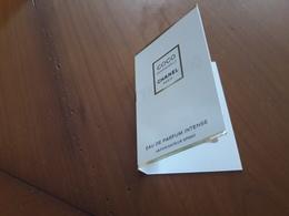 CHANEL Coco Mademoiselle  Echantillon Sur Carte Eau De Parfum INTENSE - Cartes Parfumées
