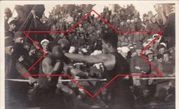 CP Photo 1917-1919 Soldats Américains, Combat De Boxe Sur Un Bateau Après Le Départ De Saint-Nazaire (A193, Ww1, Wk 1) - Guerra 1914-18