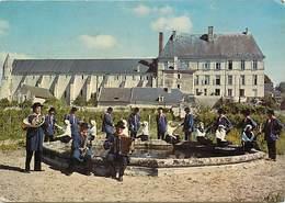"""- Dpts Div.-ref-X425- Indre Et Loire - Bourgueil - """" La Guerouee Tourangelle """"- Groupe Folklorique Des Jeunes - Folklore - France"""