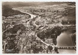 08 Fumay, Vue Aérienne, Centre De La Ville Et Les Dzivages. Au Premier Plan, Chateau Des Comtes De Bryas (GF337) L300 - Fumay