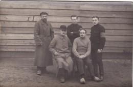 CP Photo 14-18 Camp De GUSTROW - Un Groupe De Prisonniers (photo Louis Postif) (A93, Ww1, Wk 1) - Weltkrieg 1914-18