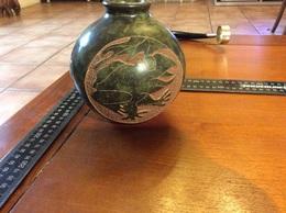 Vase Boules Avec Sculpture Animalière - Céramiques