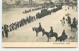 HAÏTI - Port-Au-Prince - Revue Militaire - Haiti