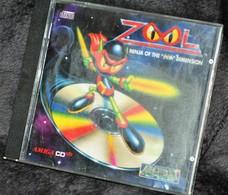 Très Rare Console Jeux Amiga CD32 Commodore ZOOL - Consoles