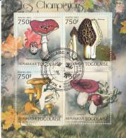 Togo 2012 Mi. 4403-4405 Mushrooms Funghi Champignons Sheet Preobliterato - Funghi